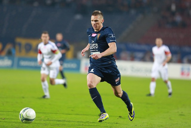 W poprzednim spotkaniu Pogoni z Lechem Marcin Robak strzelił pięć bramek. Tym razem zdobył jedną.