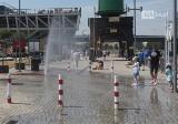 Upalnie w w mieście! Kurtyny wodne stanęły na ulicach Szczecina. Gdzie je znajdziemy?