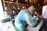 """Restauracja """"Chleb i Wino"""" szczepi pracowników i zachęca do szczepień branżę gastronomiczną i hotelarską"""