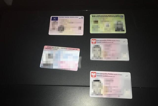 """""""Kolekcjonerskie"""" dokumenty zabrane szajce, rozbitej przez CBŚP"""