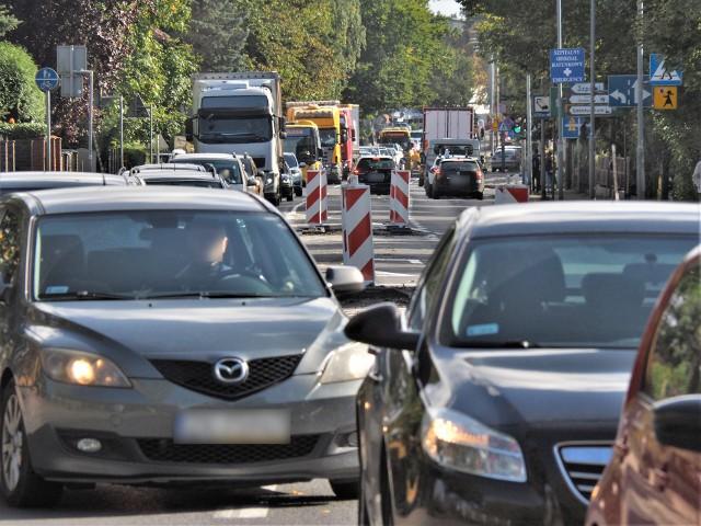 Remonty ulic w Koszalinie dają się we znaki kierowcom nie tylko z Koszalina, ale i tym, którzy przez Koszalin tylko przejeżdżają.
