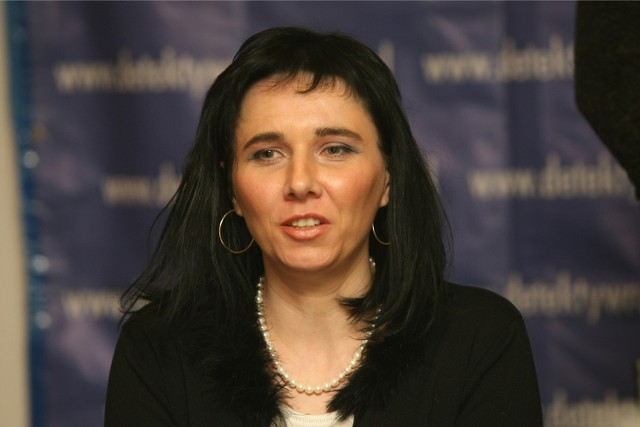 Wiesława Dargiewicz po wyjściu z sali nie chciała odpowiadać na pytania. Tłumaczyła, że przeciwna strona może jej słowa wykorzystać przeciwko niej.