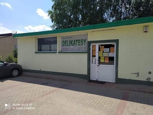 Zamiast sklepu i placu zabaw w Kielanówce ma powstać żłobek i przedszkole. Niektórym mieszkańcom ten pomysł bardzo się nie podoba i chcieliby zmiany lokalizacji