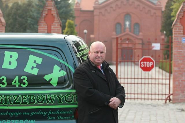 Krzysztof Skrabka sprzeciwia się pobieraniu kaucji od przedsiębiorców pogrzebowych przez Zarząd Cmentarzy Komunalnych