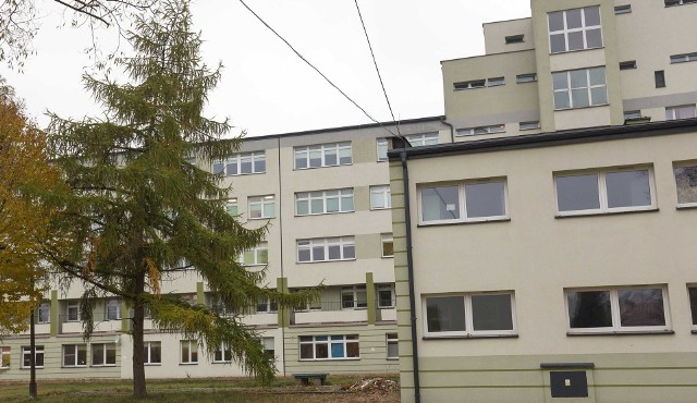 Chodzi o 400 tysięcy złotych. Ponoć tyle gmina Łapy obiecuje przekazać na budowę drugiej windy towarowej.