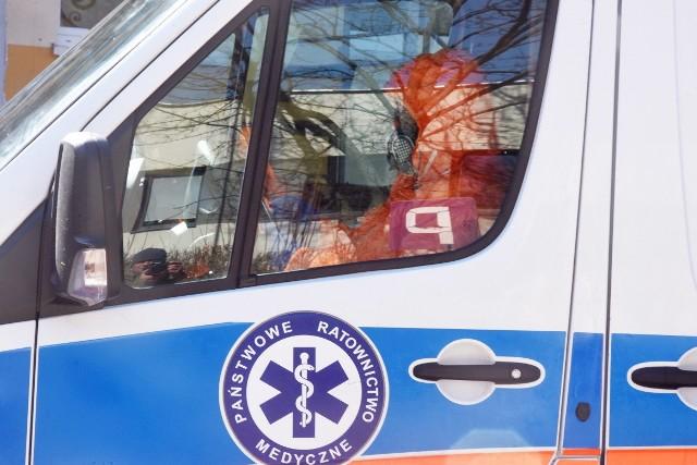 Ministerstwo Zdrowia poinformowało o kolejnych osobach zakażonych COVID-19 oraz o kolejnych ofiarach śmiertelnych.