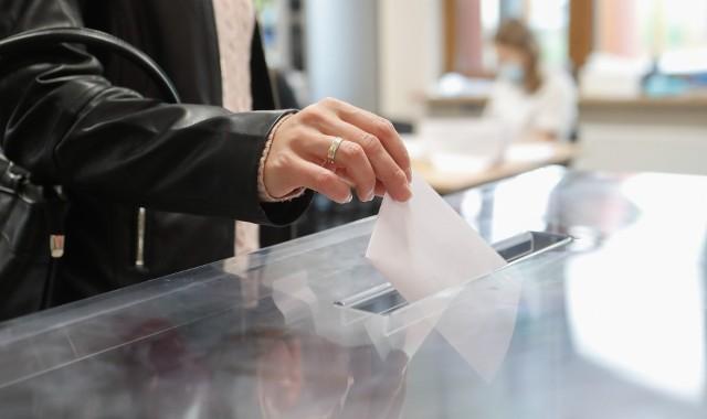 Nie tylko wybory w Rzeszowie. Zobacz, gdzie jeszcze na Podkarpaciu mieszkańcy poszli do urn!