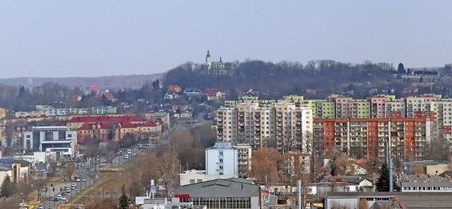 Takie widoki mają mieszkańcy wieżowców w Dąbrowie Górniczej Zobacz kolejne zdjęcia/plansze. Przesuwaj zdjęcia w prawo - naciśnij strzałkę lub przycisk NASTĘPNE