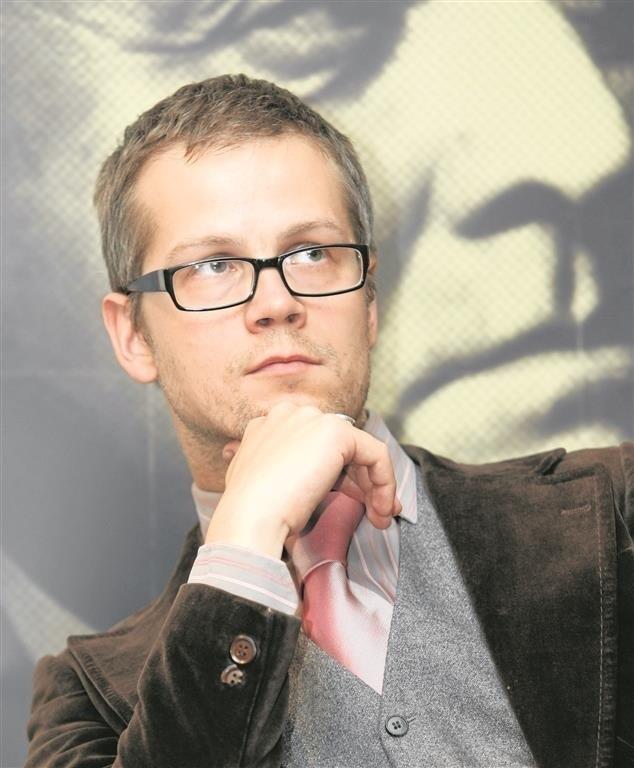 - Tłumacz literatury coraz częściej traktowany jest jak wyrobnik - mówi Jacek Dehnel