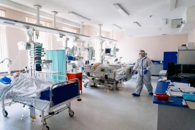 Ministerstwo Zdrowia poinformowało w sobotę 7 sierpnia o zajętych 44 respiratorach.