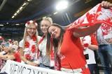 Mistrzostwa Europy 2019. Kibice na meczu Polska - Niemcy. Hala w Apeldoorn znów opanowana przez Biało-Czerwonych [ZDJĘCIA, GALERIA]