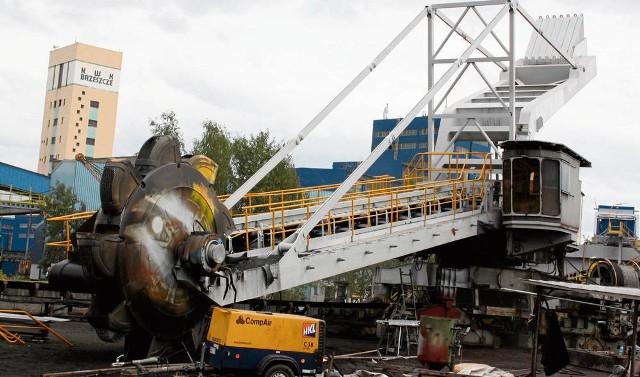 Kopalnia Brzeszcze od maja 2015 r. należała do Spółki Restrukturyzacji Kopalń. 15 października zakład został sprzedany koncernowi energetycznemu Tauron i to jedynie za symboliczną złotówkę