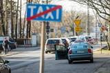 Polacy coraz odważniej korzystają z taksówek - z dnia na dzień dynamicznie wzrasta liczba kursów