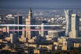 Dwa samoloty i trzy mosty - powietrzna celebracja Dnia Flagi w Warszawie