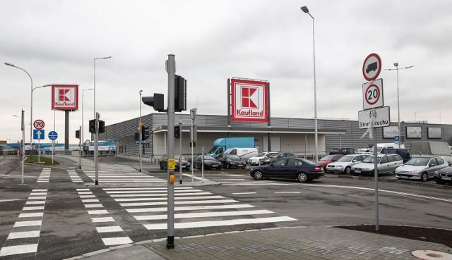 Kaufland to sieć sklepów należących do niemieckiej grupy Schwarz. W Rzeszowie właśnie otwiera się ich pierwszy sklep.
