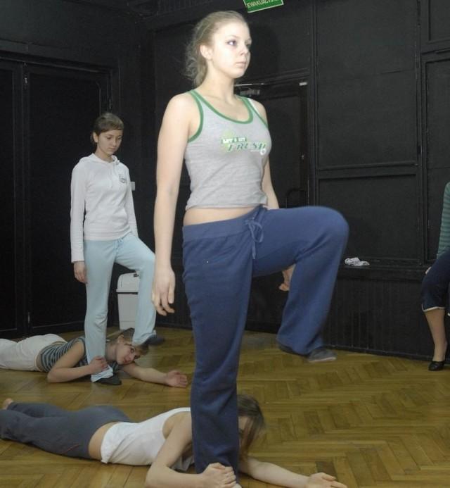 Teatr tańca Enza w czasie próby.