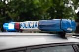 Wypadek we Włostowie. Motocyklem uderzył w skręcające auto, ranny mężczyzna