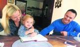"""Fundacja """"Bicie serca"""" w Trójmieście. Rodzice małych pacjentów chcą spłacić dług"""