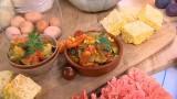 Jesienna kuchnia: Gulasz warzywny, chlebek kukurydziany