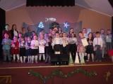 Dobre - z wielkim zapałem i talentem wyśpiewały kolędy, pastorałki i świąteczne piosenki
