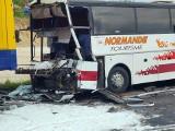 Koszmarny wypadek na DK1 pod Częstochową. Autobus zderzył się z cysterną i TIRem. 28 rannych w szpitalu