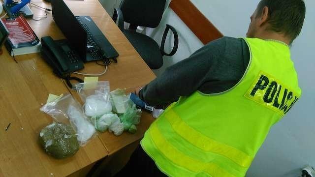 W domu 24-letniego mężczyzny policja znalazła znaczne ilości narkotyków