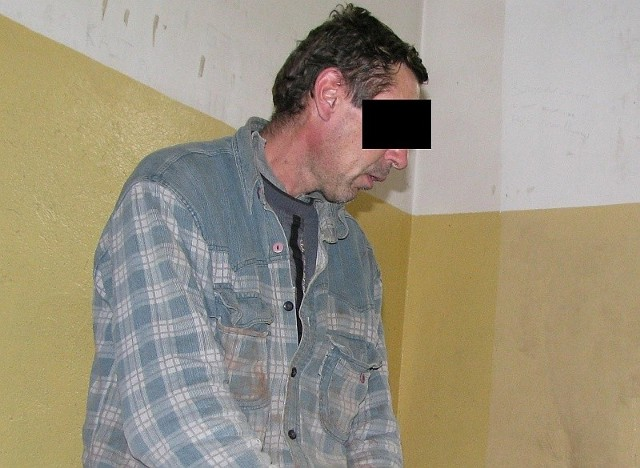 Mieszkaniec Urbanowic trafił do policyjnego aresztu i będzie odpowiadał w trybie przyspieszonym.
