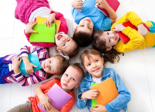 Od środy można głosować i wybierać Przedszkola Roku oraz Nauczycieli Wychowania Przedszkolnego Roku - zwycięzców w powiatach, którzy awansowali do finału wojewódzkiego i teraz zmierzą się w głosowaniu na szczeblu wojewódzkim. Wybieraj też grupy przedszkolne