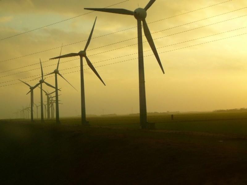 Nie tylko w gminie Orla powstają farmy wiatrowe