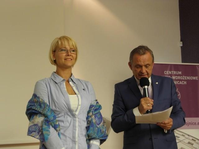 Ewa Pruska zaapelowała na ostatniej sesji, by jeszcze raz przyjrzeć się, jak funkcjonuje kultura w gminie Chojnice. Obok Piotr Stanke, zastępca wójta gminy Chojnice