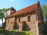 Kujawsko-Pomorskie. Wiejskie kościoły krzyżackie. Surowe piękno zaklęte w kamieniu i cegle [zdjęcia]
