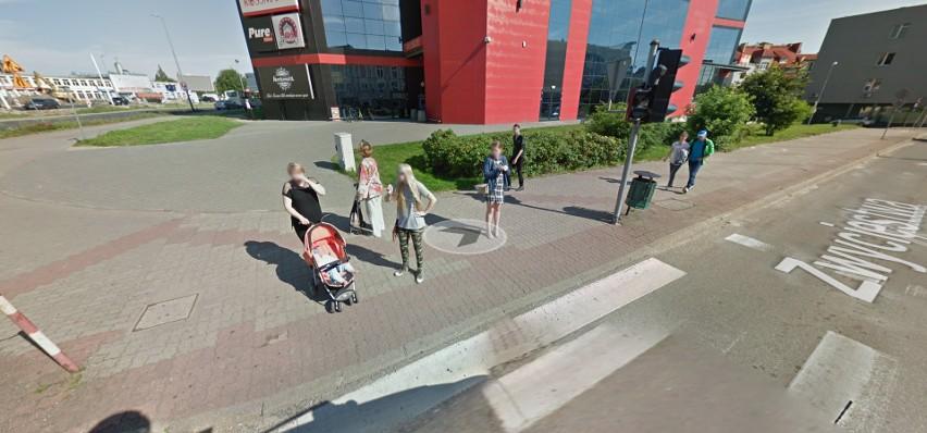 Koszalinianie na zdjęciach Google'a Street View . Co robią mieszkańcy Koszalina?