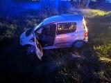 Knyszyn-Zamek. Kompletnie pijany kierowca rozbił się w rowie. Miał cztery promile w wydychanym powietrzu (zdjęcia)