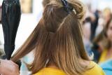 Jak będzie wyglądać wizyta u fryzjera? Sprawdź!
