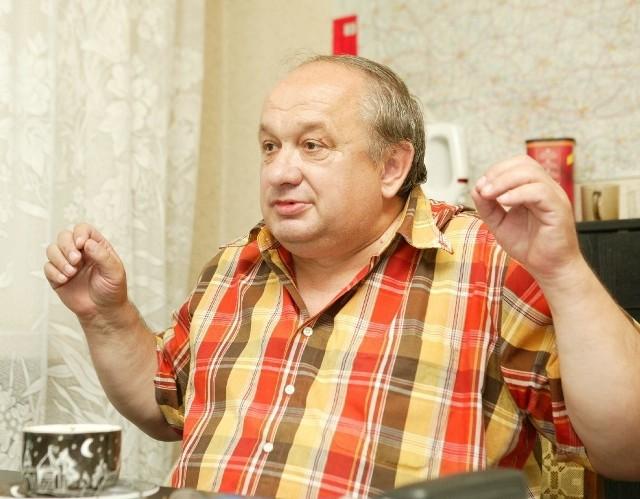 Dzisiaj prezes MKS ma się spotkać w tej sprawie z prezydentem miasta. - Jakiś czas temu prezydent obiecał, że do końca roku nie będziemy musieli nic płacić - mówi Tadeusz Leszczyński. - Wierzę, że nam teraz pomoże.