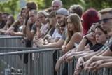 Poznań: LuxFest 2019 #NaFalach - koncerty Luxtorpedy i Comy przyciągnęły tłumy nad jeziorem na Strzeszynku [ZDJĘCIA]