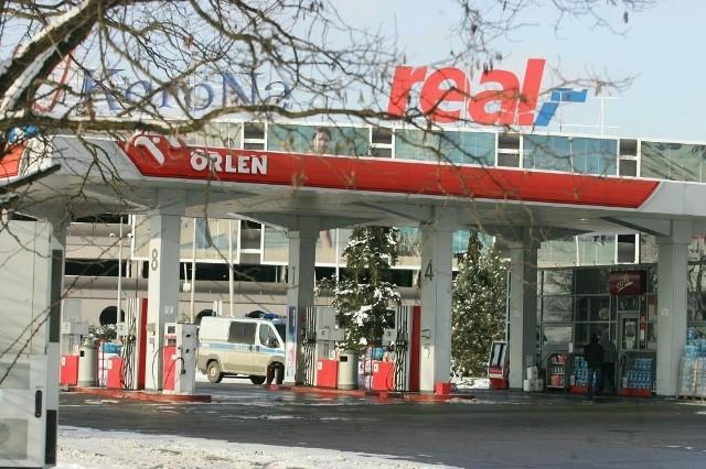 Inspektorzy mieli zastrzeżenia do jakości oleju napędowego, sprzedawanego na stacji PKN Orlen obok Korony