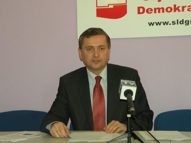 """Według SLD konińska """"jedynka"""" dla Tadeusza Tomaszewskiego jest ustalona. Jeden z posłów Twojego Ruchu twierdzi, że tak wcale nie jest"""