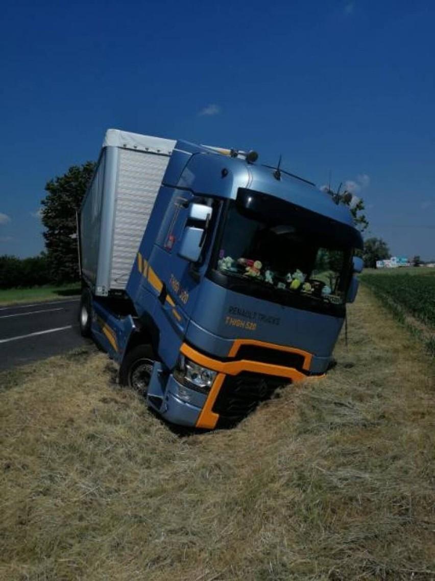 Kierujący tym pojazdem zdołał jednak, na szczęście, wykonać...