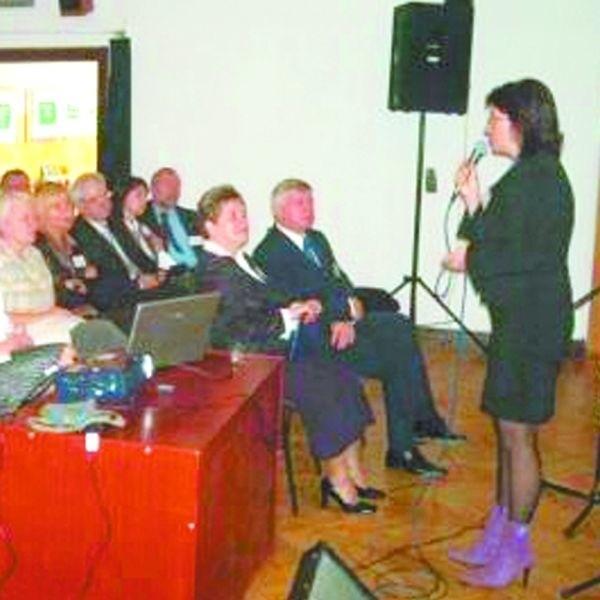 Na spotkaniu podsumowującym polsko- białoruską realizację projektów, dotyczących doskonalenia metod pracy z dziećmi niepełnosprawnymi