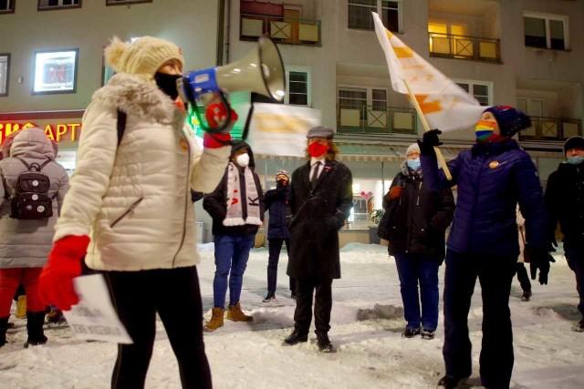 Pikieta w obronie wolnych mediów w Opolu. Interweniowała policja.