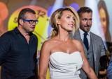 Anna Kalczyńska z TVN na seksownych zdjęciach! ZDJĘCIA. Gorące kadry zachwycają. Pięknie prezentuje swoje wdzięki. 27.04.2021