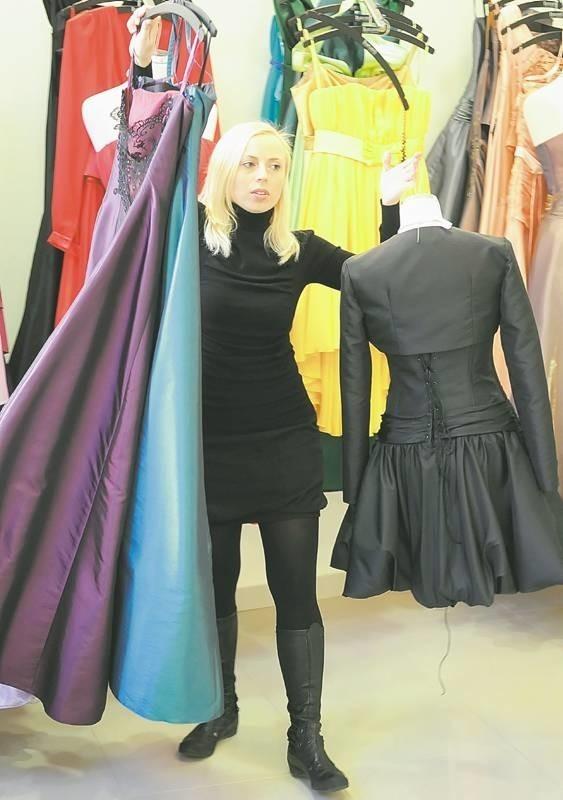 Małgorzata Dudek. 31 lat, mieszka w Zielonej Górze, projektuje suknie wieczorowe i ślubne, prowadzi firmę Biancaneve. Uczy się fotografii w Lubuskiej Akademii Twórczych Poszukiwań. O założeniu rodziny na razie nie myśli. Poświęca się pracy. Na wakacjach ostatni była dwa lata temu. Odpoczywa spacerując po lesie lub leżąc w saunie.