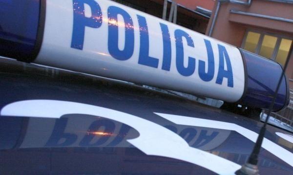 Policjanci z Goleniowa zatrzymali dwóch pijanych mężczyzn, którzy pobili 26-latka.