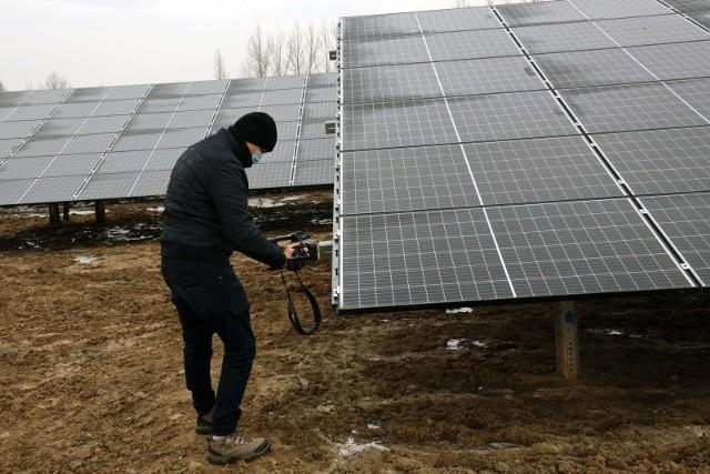 Względy finansowe będą dla konsumentów w nadchodzącym roku główną motywacją do inwestowania w panele słoneczne. Pojawią się bowiem nowe rodzaje kosztów (m.in. opłata mocowa), które wpłyną na wzrost cen prądu.