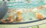 Na basenie Atol w Oleśnicy policja zatrzymała mężczyznę. Onanizował się w saunie!