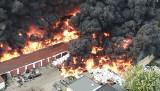 """Wielki pożar w Sosnowcu. """"Kule ognia wznosiły się w górę. Coś gryzącego unosiło się w powietrzu"""""""