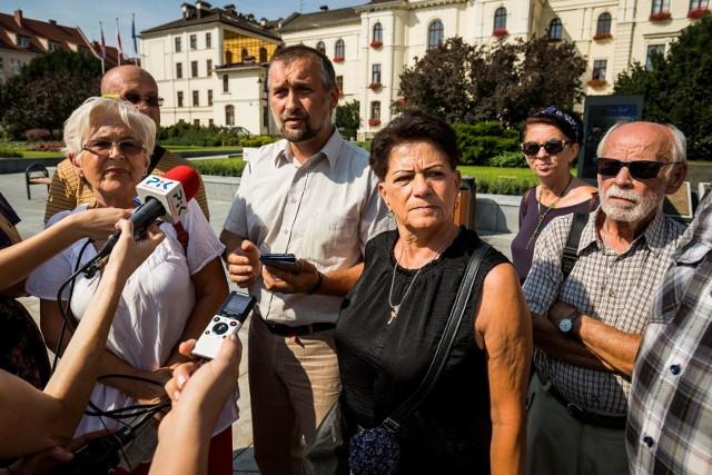Bydgoskie środowiska patriotyczne zwołały w czwartek (29 sierpnia) konferencję prasową w obronie radnego Krystiana Frelichowskiego.