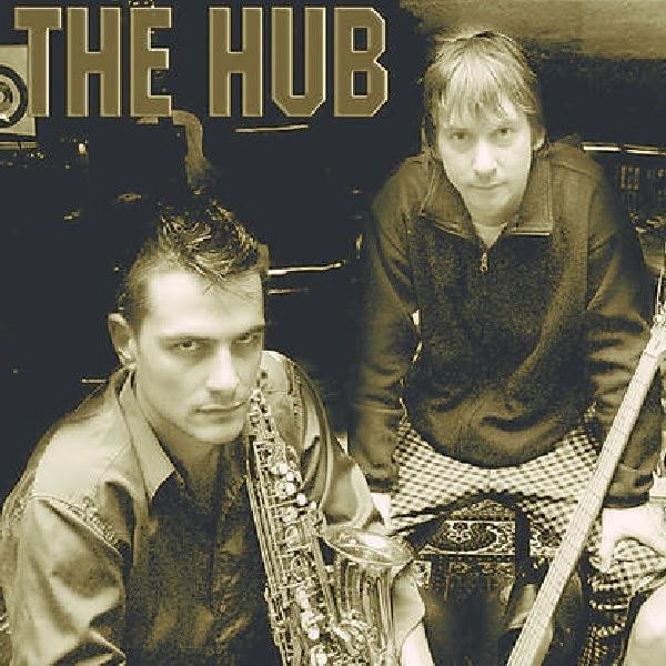 The Hub - jazzowi kuglarze (na zdjęciu dwaj z trzech członków zespołu)