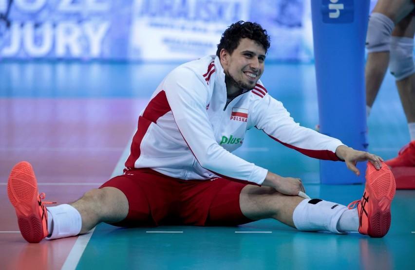 Fabian Drzyzga; ur. 3 stycznia 1990 w Bordeaux; wzrost 196...